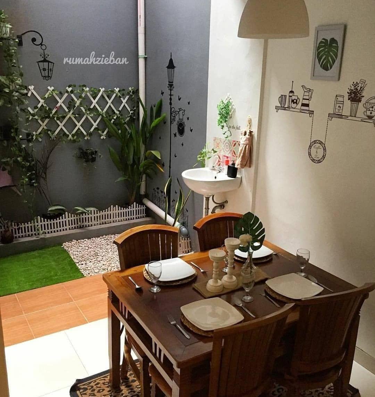 Rumah Impian Minimalis Di Instagram Ruangan Makan Istimewa Tampak Semakin Kece Dengan Adanya Taman Didalam Desain Ruang Makan Rumah Mewah Dapur Luar Ruangan