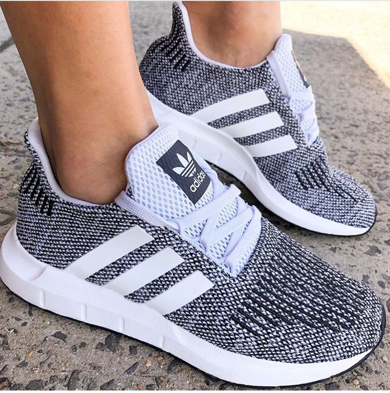 Adidas kicks | Adidas schoenen, Schoenen, Schoenen sneakers