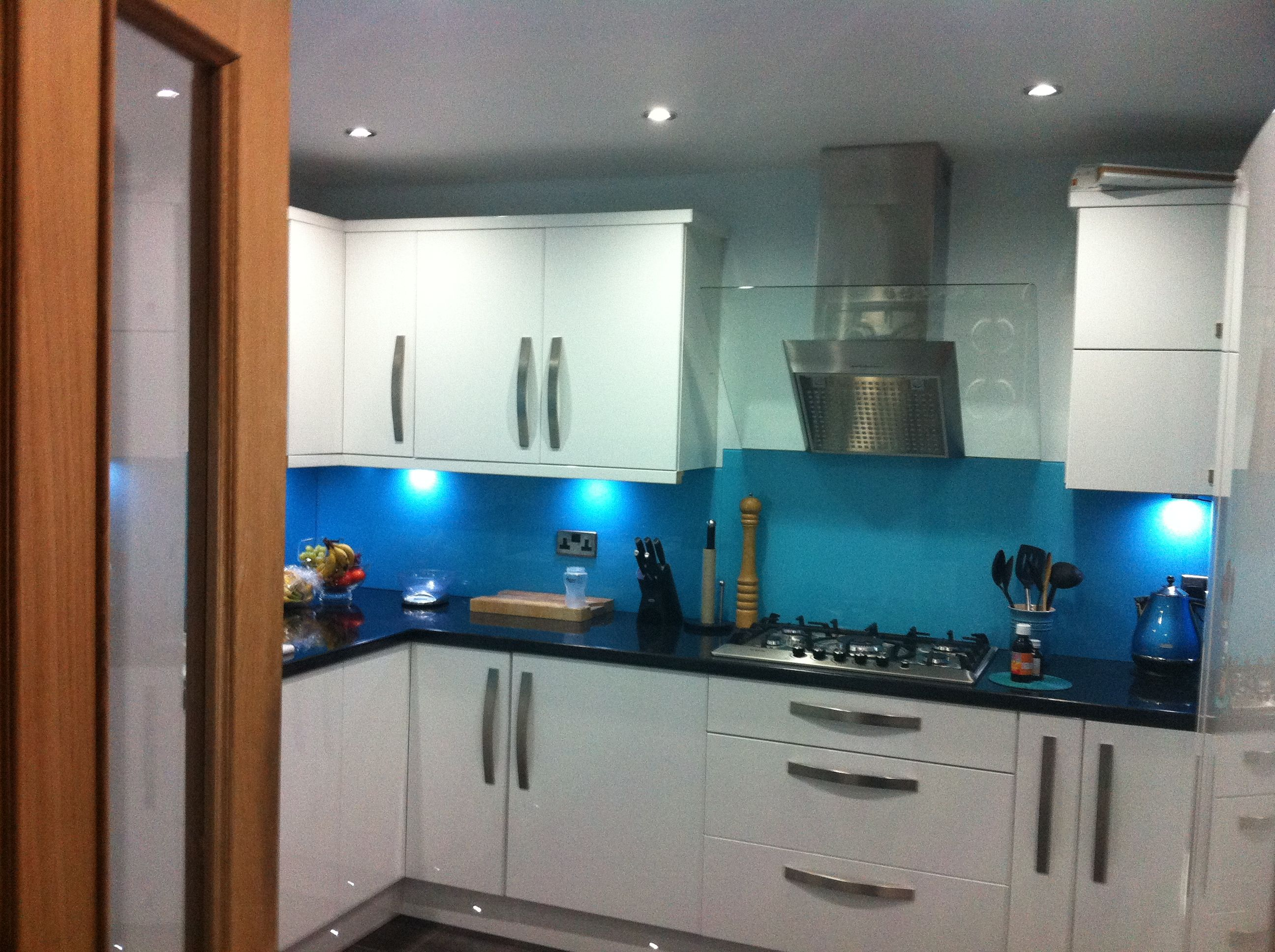 B & Q Cooke and lewis High gloss. Kitchen ...