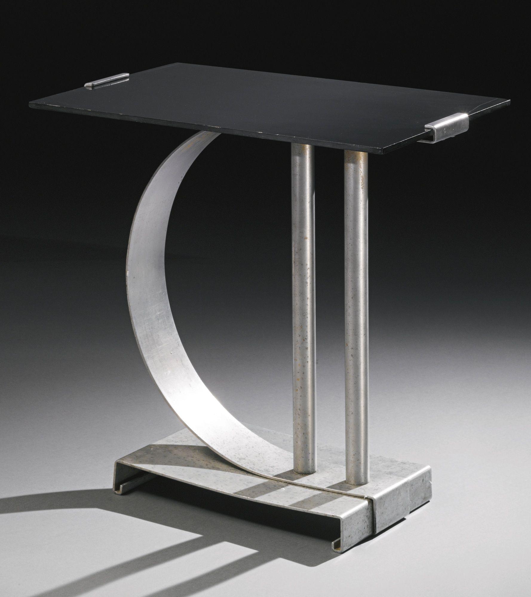 Walter Von Nessen Table Model No 451 Impressed Nessen Studio  # Muebles Bauhaus Caracteristicas