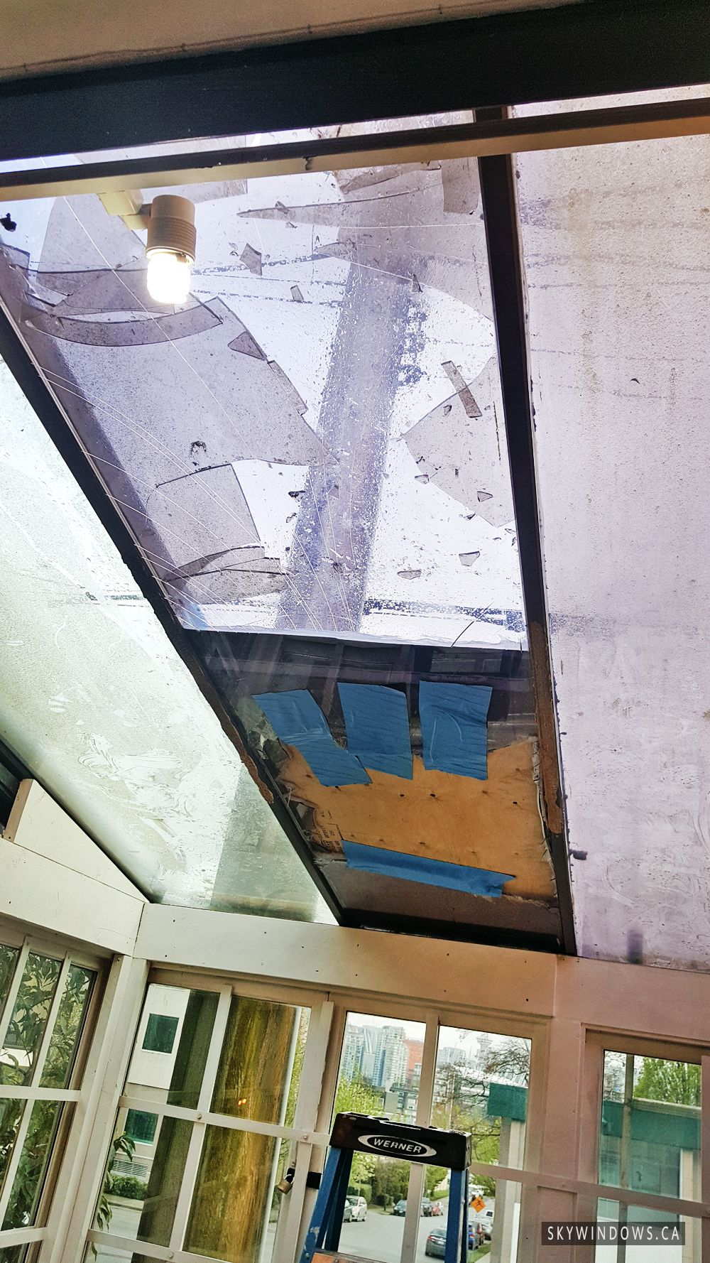 Fast 24hr Smashed Glass Repair Replacement Of Storefronts