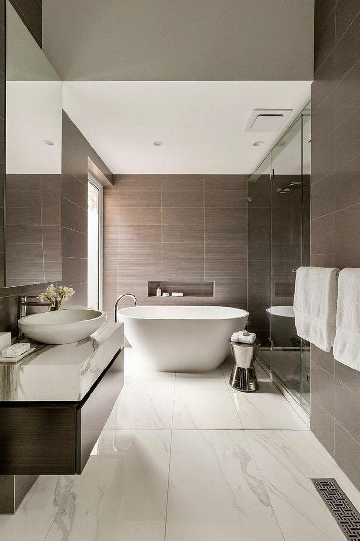 salle de bains avec vasque et baignoire poser baignoire. Black Bedroom Furniture Sets. Home Design Ideas