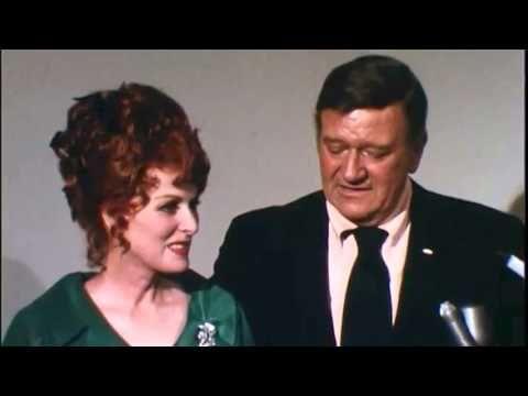 The Iconic Legendary Irish Film Actress And Singer Maureen O Hara