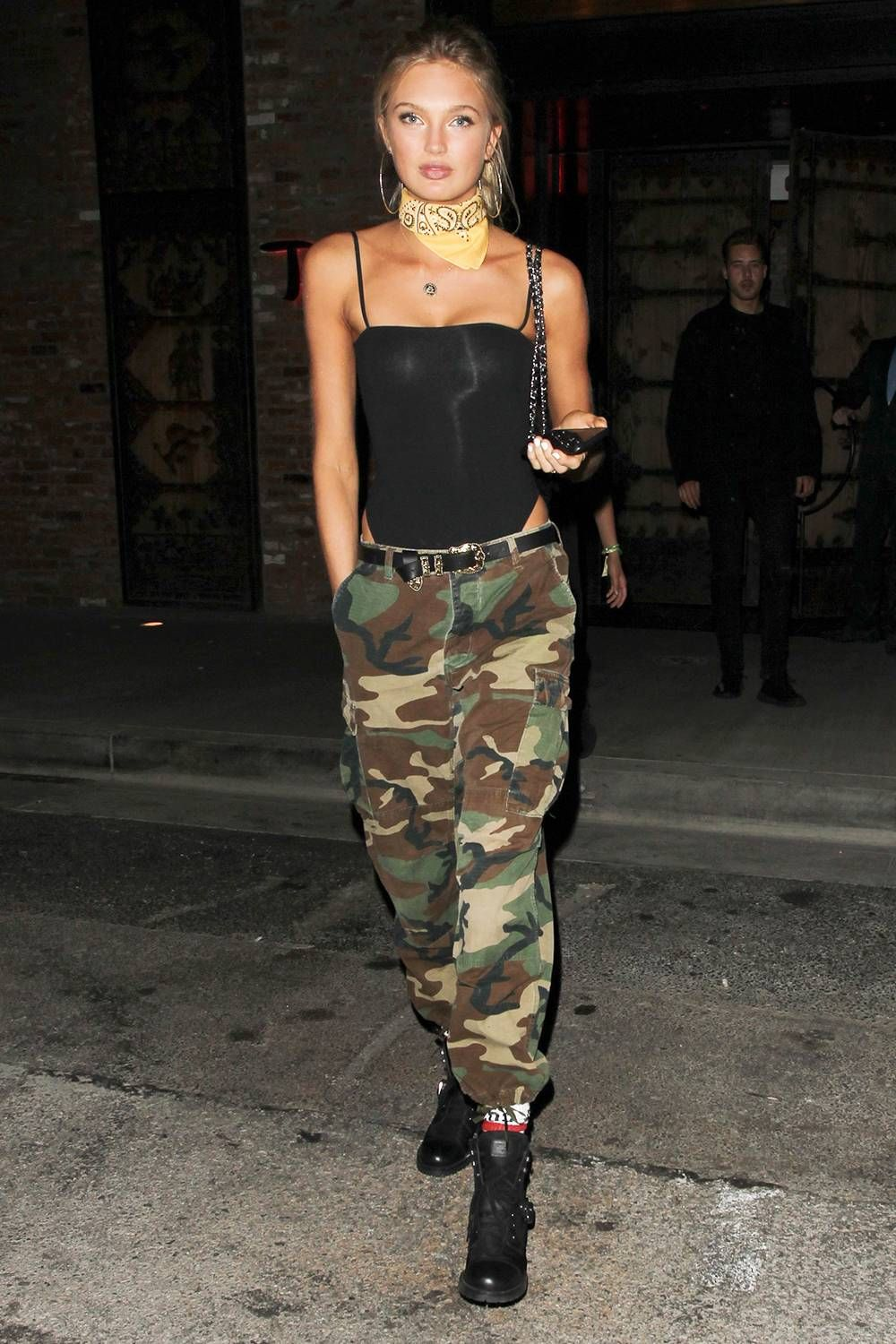 2019 year lifestyle- News: Fashion Celebs Crazy for Cargos