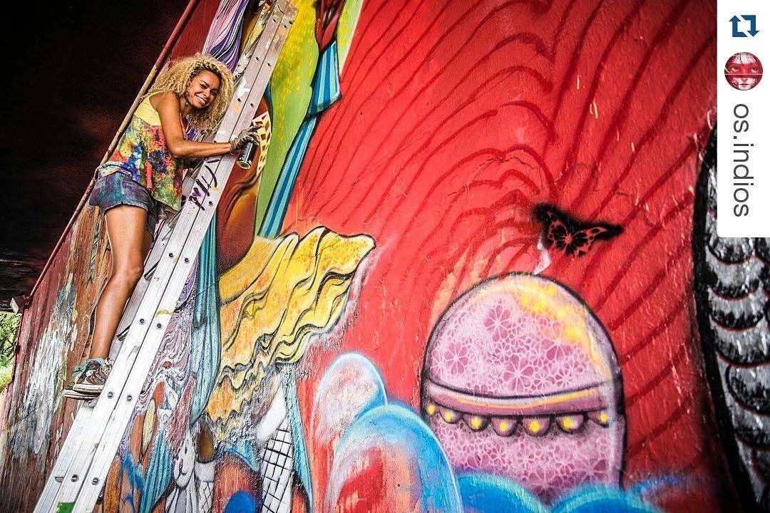 #Repost @os.indios with @repostapp  Série Grafiteiras - Crica Monteiro | 23 de Maio-SP | 2015 #cricamonteiro #23demaio #sampa #graffiti #streetart #urbanart #artwoman #wallpainting #muro #grafite #artederua #fotografiaderua #grafiteira #osíndios by crigraffmonteiro