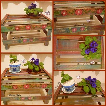 Caixotes reciclados com pintura imitando madeira demolição; p jardinagem (Bruna Talon)