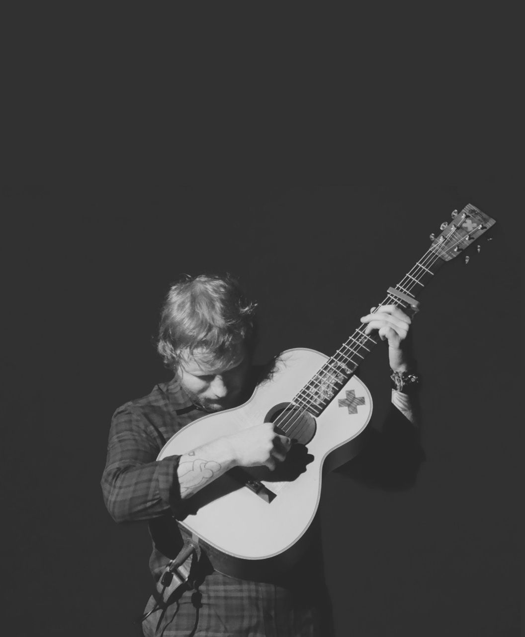 I want a man like Ed. He is kind, sweet, and puts others before himself. He is an amazing person who just wants to help :)