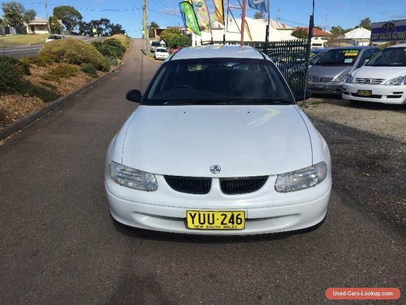 1999 Holden Commodore VT Executive White Manual M Wagon