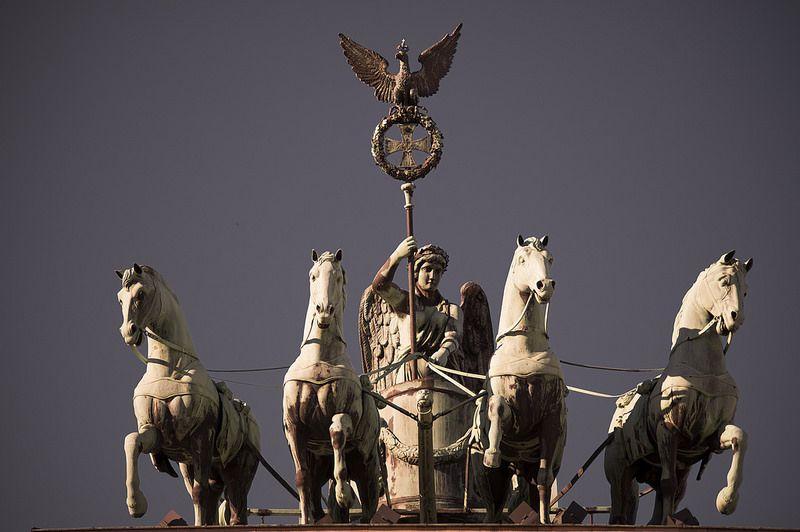 Quadriga Brandenburger Tor Equestrian Statue Statue Lion Sculpture