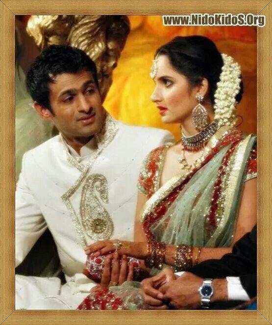 Pakistani Cricket Star Shoaib Malik With His Wife Indian Tennis Sania Mirza