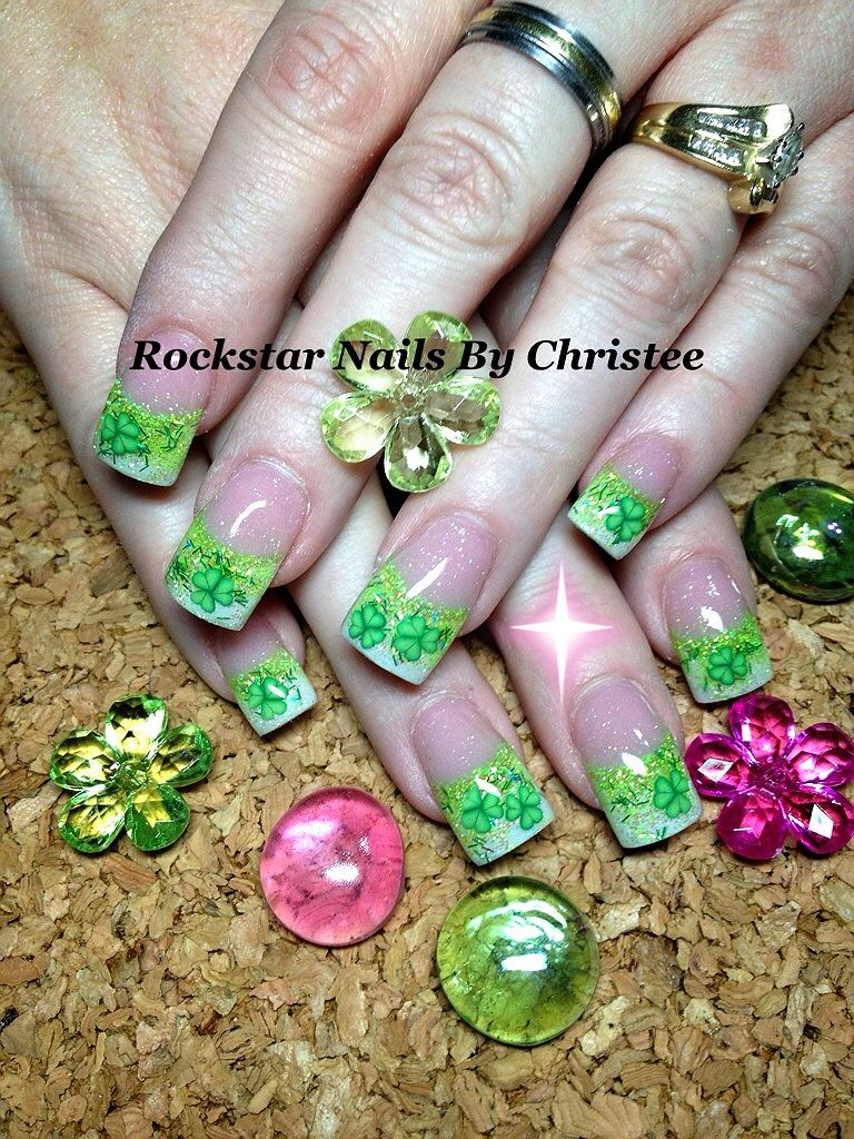 st patty\'s day w/ shamrocks white/green acrylic nail tips | Nails ...