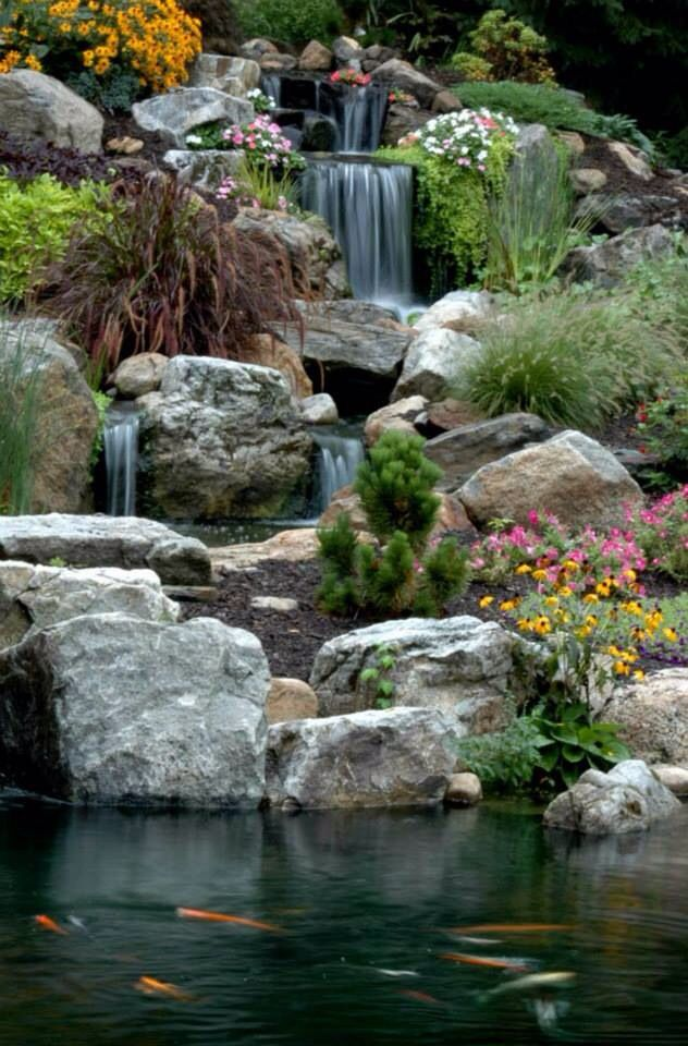 Backyard Waterfall Backyard waterfalls and streams Pinterest - Cascadas En Jardines