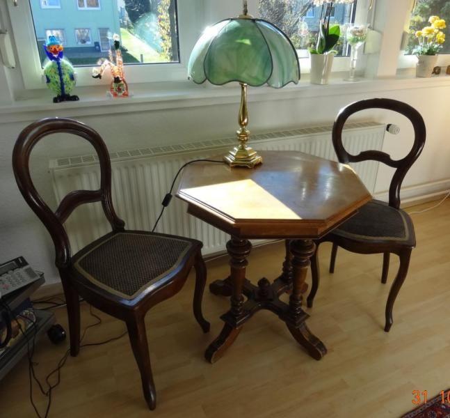 Zwei Antike Stuhle Altdeutscher Stil Auch Einzeln Abzugeben Antike Stuhle Stuhle Holzplatte