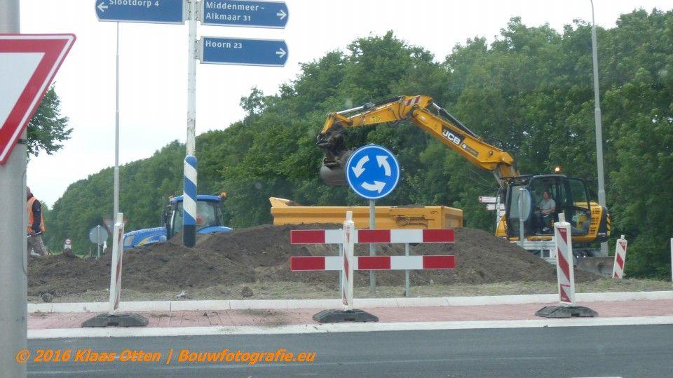 Nieuwe rotonde Middenmeer! | www.facebook.com/BOUWbedrijfweblog