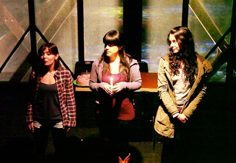 Teatro del Puente, escena tres actrices chilenas