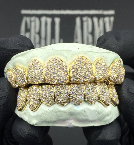 Featured Piece 6 Teeth Top 10k White Gold Fully Iced Vs Diamond Grillz How To Order Every Order Comes With 2 Free Molding K Diamond Grillz Grillz Vs Diamond