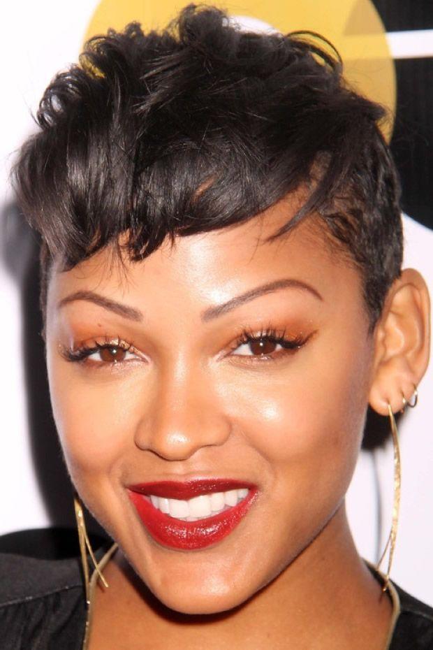 corte de pelo corto en punta cnica para mujeres