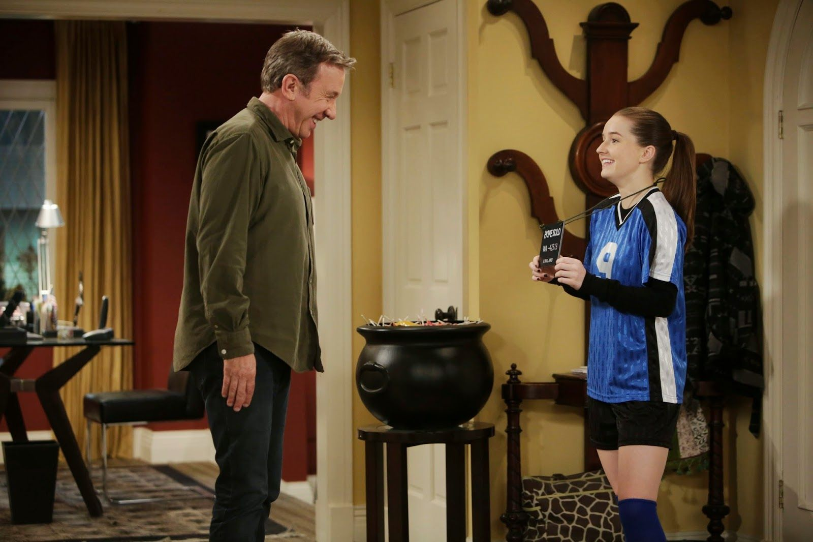 That Beautiful Hall Tree On The Set Of Last Man Standing 3