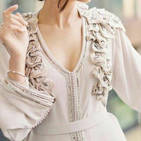 المقاس يمكن تفصيله بكل المقاسات مع إمكانية تغيير اللون والمقاس للطلب التواصل 00212651487262 Abaya Louboutin دبي دبي مارينا برج خلي Fashion Style Caftan