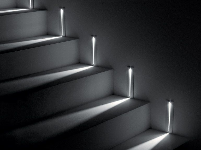 Wall-mounted die cast aluminium steplight STEP by SIMES