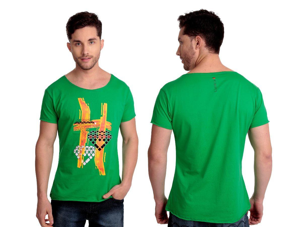 Camiseta Fire   Cód.5001   Camiseta com silk frontal e gola com corte à laser. Elaborado em algodão.
