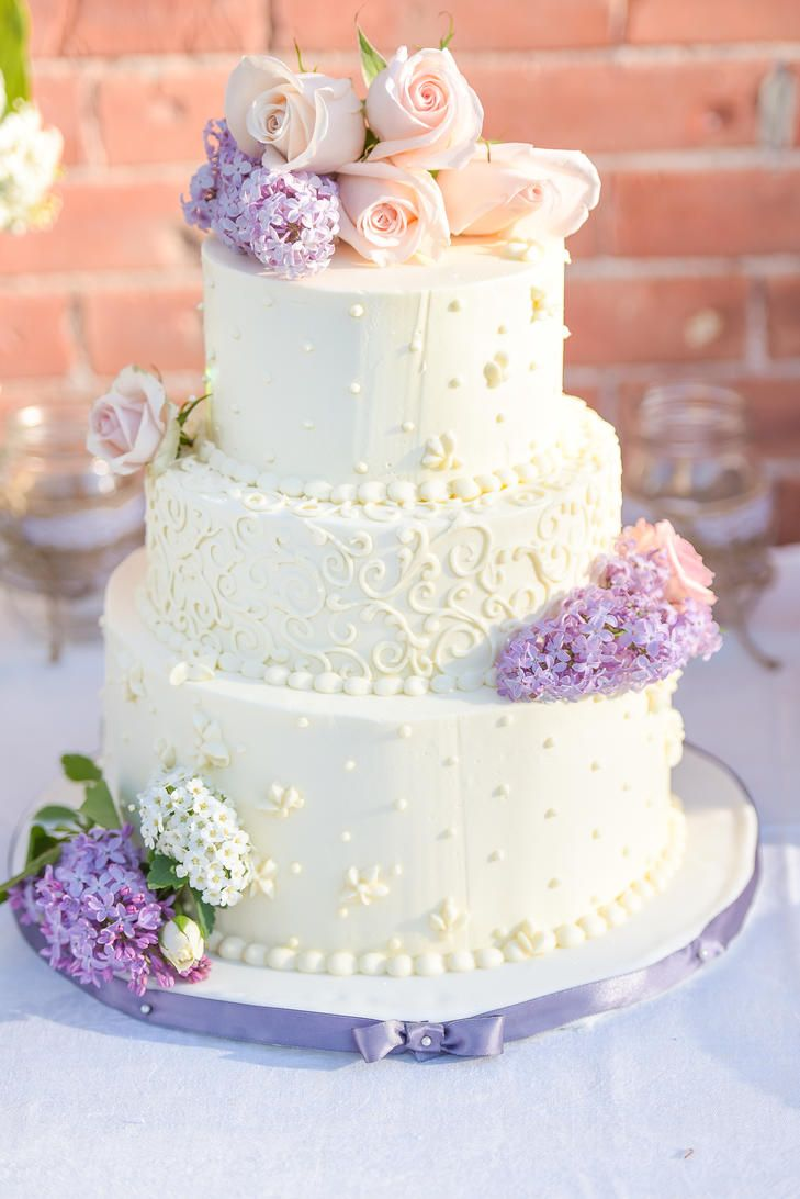 Classic White Wedding Cake With Fresh Lilac Wedding Cakes Lilac Wedding Cake Fresh Flowers Wedding Cake Topper Acrylic