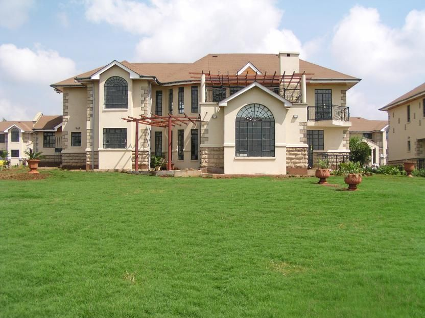 4 Bedroom House For Sale In Runda For Ksh 80 000 000 With Web Reference 102389854 Property 24 Kenya House Styles 4 Bedroom House House