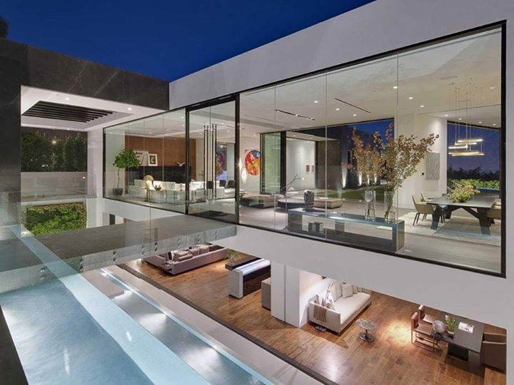 Superieur Is A Modern Residential Project Completed By McClean Design. The Home Has  Spectacular Views Over Los Angeles, California, USA, And A Sleek And  Stylish ...
