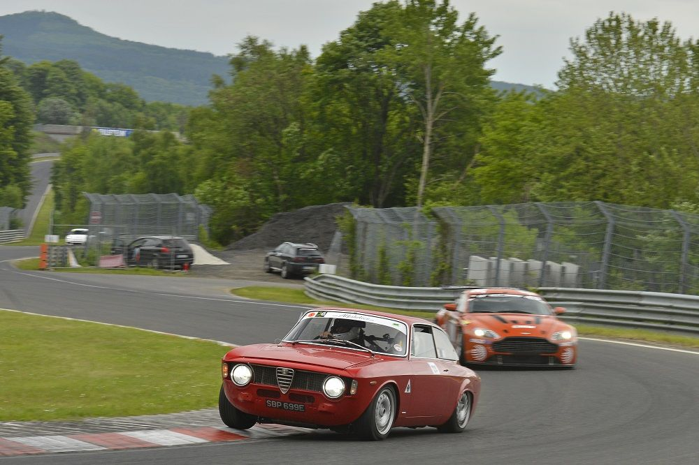 R Types Set 8m15sec Lap Time At The Nurburgring Type Setting Best Muscle Cars Classic Cars