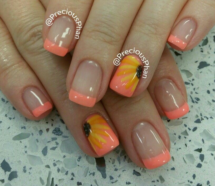 French coral nails with a sunflower design | Nails | Pinterest ...