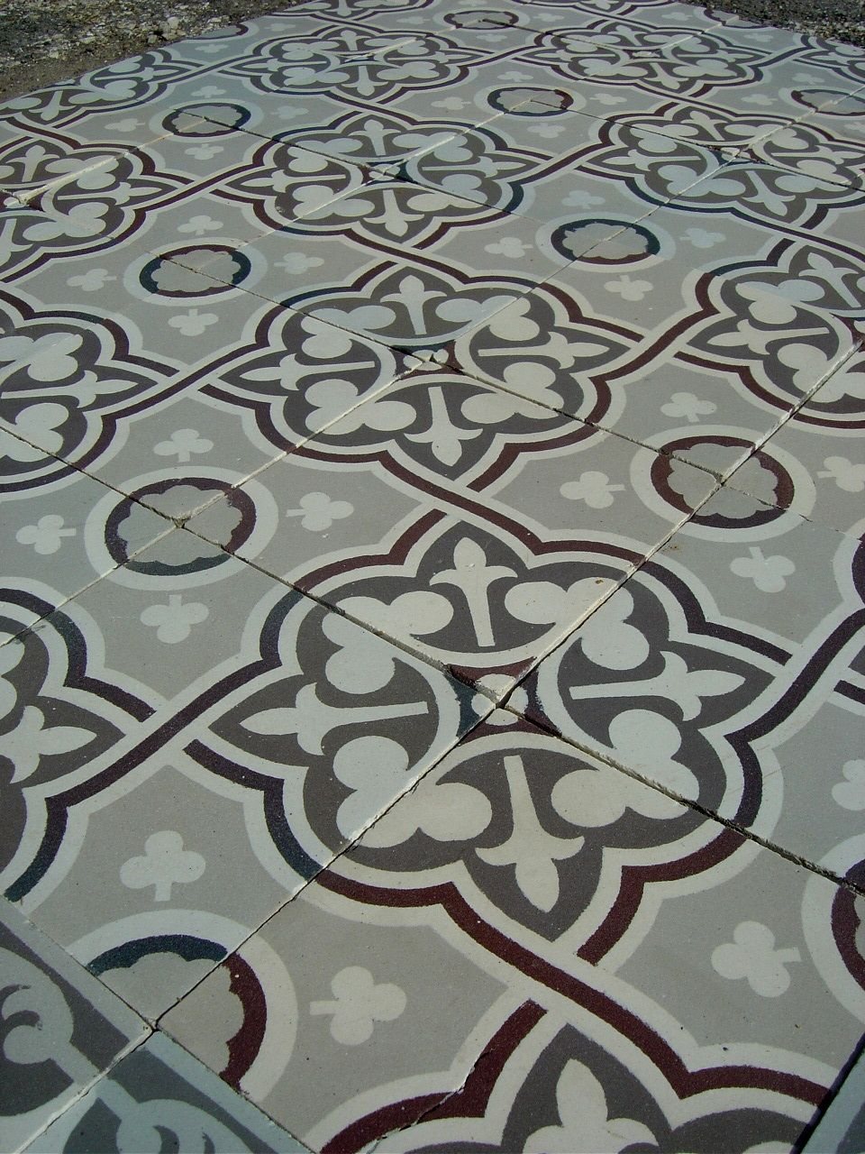 17.25m2 classical French ceramic floor with triple borders – early ...