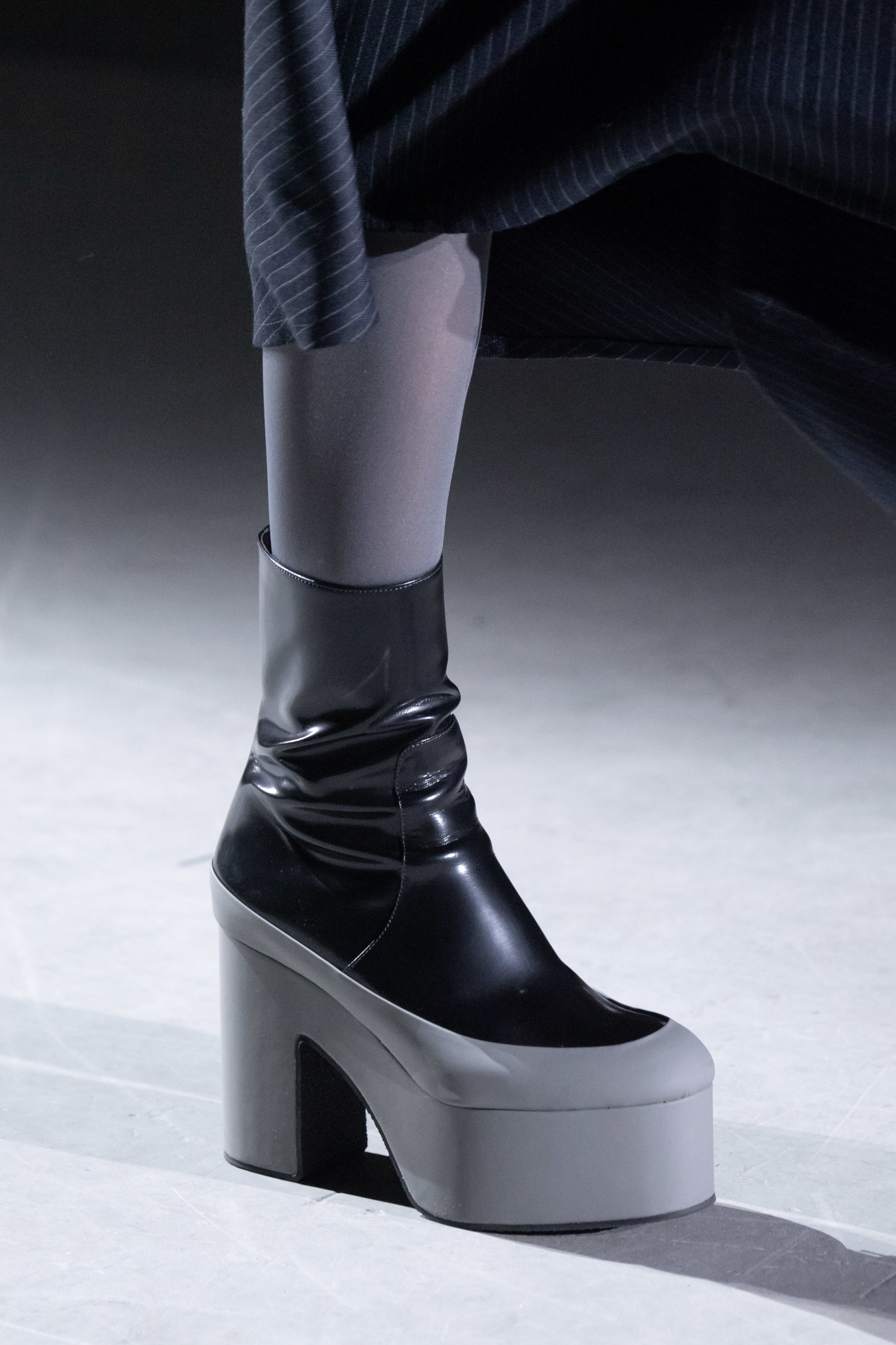 Dries Van Noten Fall 2019 Ready to Wear Fashion Show in 2019