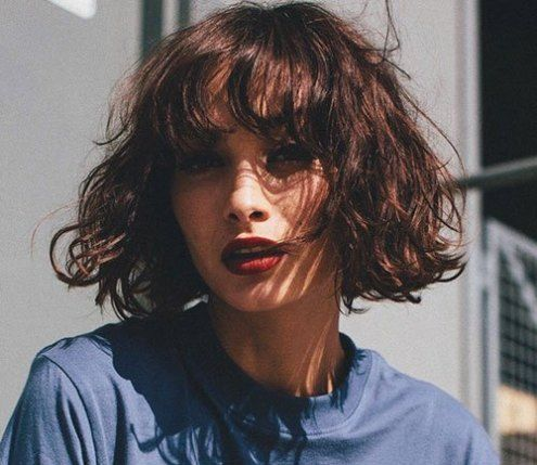 Most Pretty Short Wavy Hair With Bangs Ideas Wavyhair Shorthair Shorthaircut Short Wavy Hair Short Wavy Thick Hair Styles
