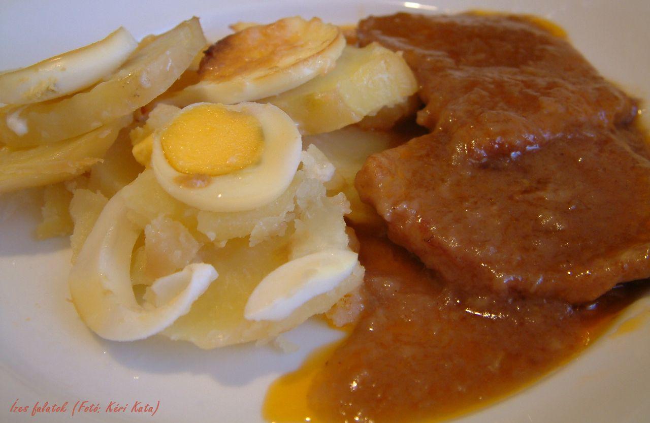 Farsangi szelet finom burgonyakörettel (Fotó: Kéri Kata)