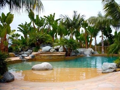 Welcome to paradise! Take a private jacuzzi and relax in your backyard vacation!  vrbo#50817