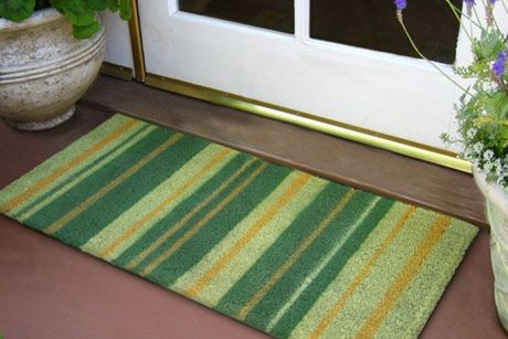 Krylon Outdoor Spaces 174 For Painting A Doormat I D Been Wondering What Type Of Paint Would Be Good To Go Spray Paint Projects Spring Diy Painting Projects