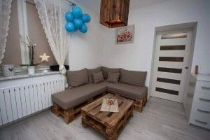 50 diy pallet furniture ideas couch dining table outdoor bedroom 50 diy pallet furniture ideas solutioingenieria Image collections