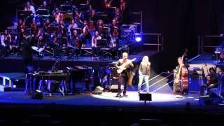 Je so' pazzo - Pino Daniele ed Emma @ Arena di Verona - YouTube