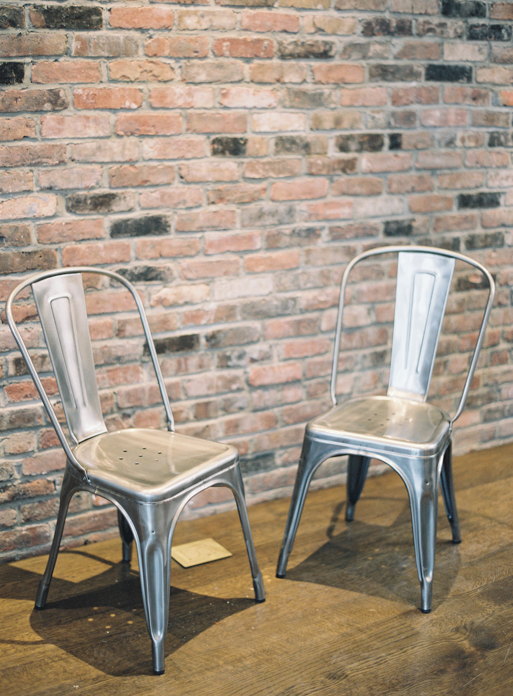 these metal chairs | jen huang photo | jenhuangblog.com ...