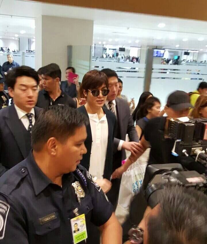 2016 March 31 Thursday P 05 01 Korean Actor Leeminho Arrival At Naia Airport Manila Philippines Brand Bench Fashion Clo Lee Min Ho Actor Event