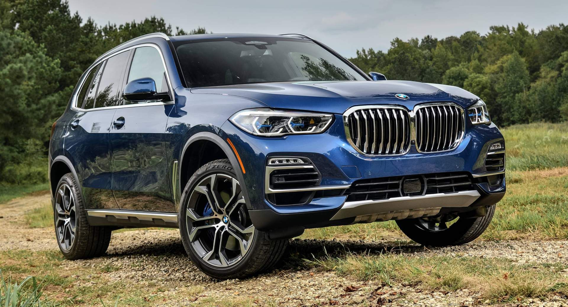 Your 2019 Bmw X5 Photo Gallery Is Here And It S Huge Carscoops Bmw X5 Bmw Bmw X5 Review