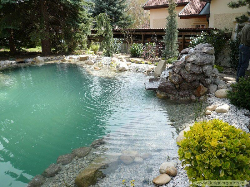 grumer gartengestaltung photo gallery naturpool schwimmteich gartenteich wasserfall. Black Bedroom Furniture Sets. Home Design Ideas