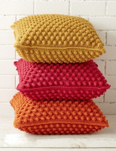 Crochet Cushion and Pillow: free pattern and tutorial instructions ...