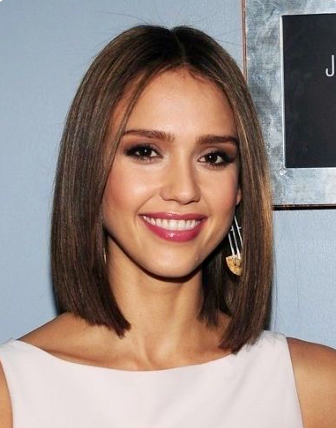 One Length Above The Shoulder One Length Pinterest Haircuts