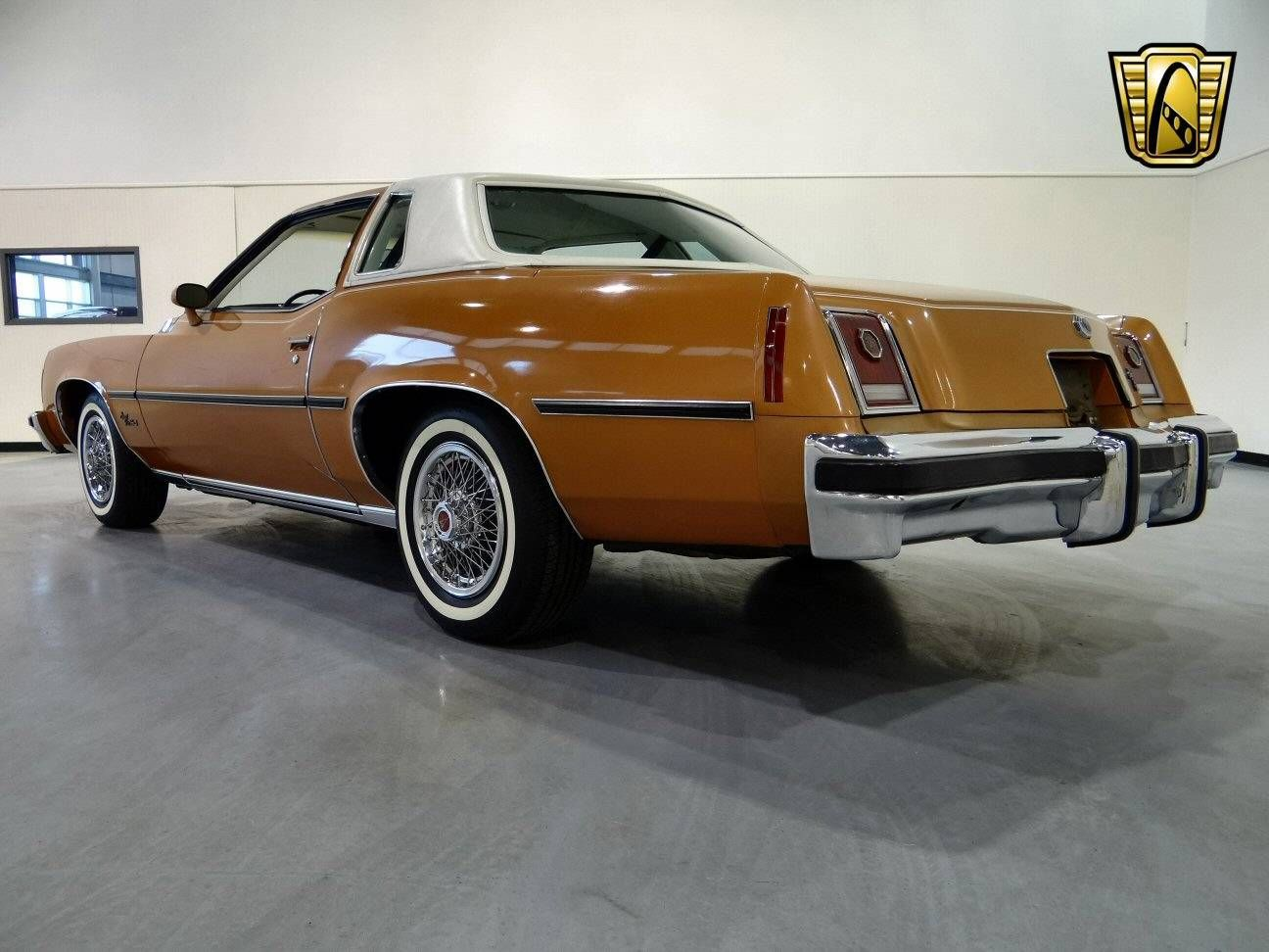 Displaying 1 15 of 49 total results for classic pontiac grand prix vehicles for sale