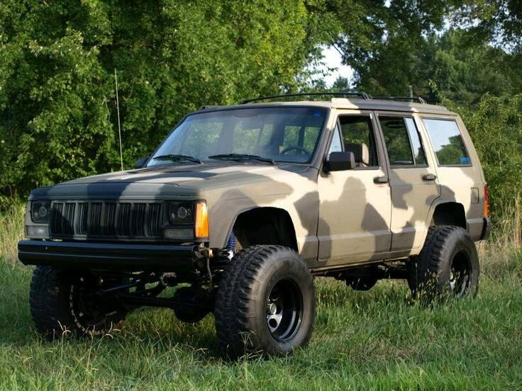 Laurie Griffin Photos From Laurie Griffin S Post Jeep Cherokee Jeep Xj Camo Truck Accessories