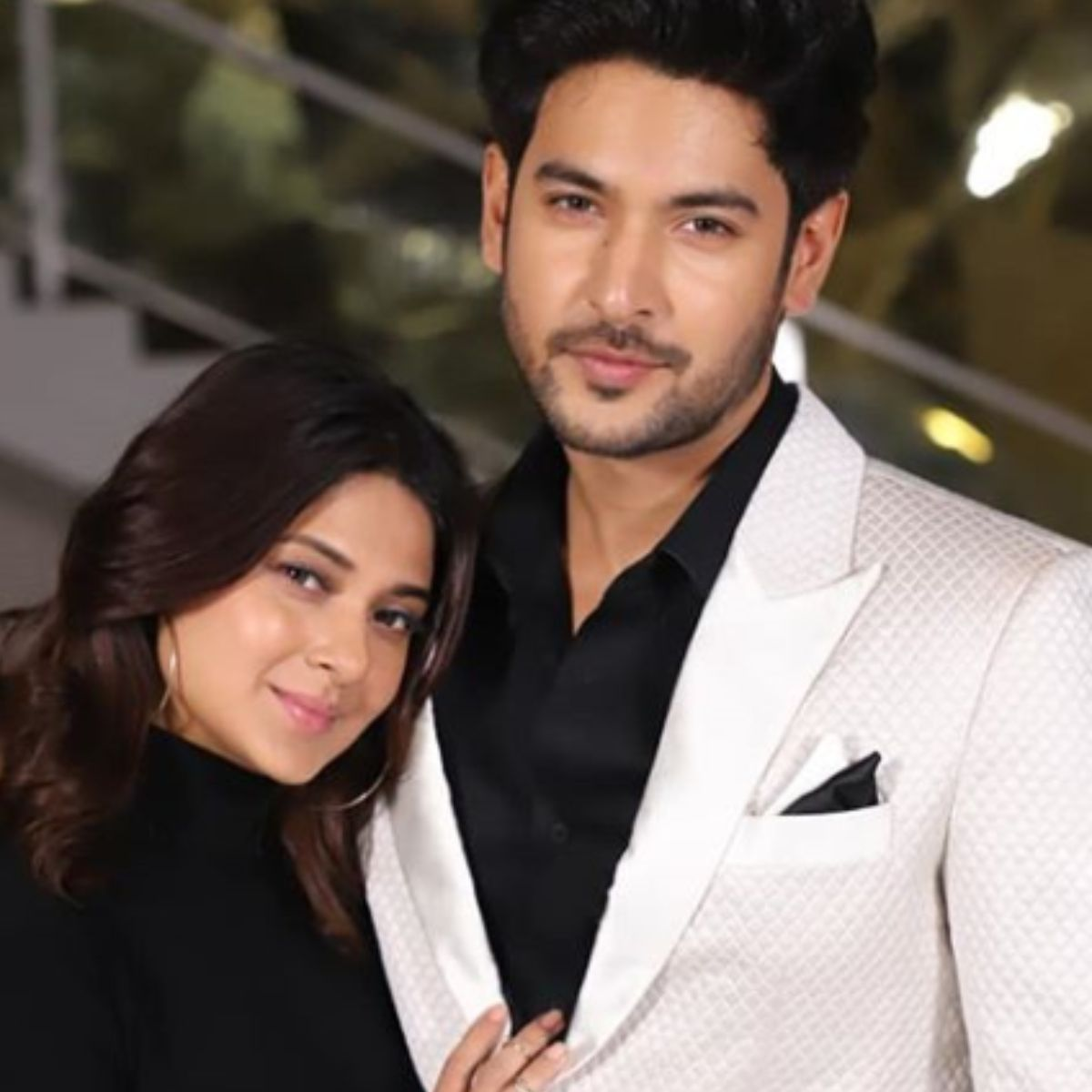 Bigg Boss 2020 Jennifer Winget Declines A Huge Offer Her Beyhadh 2 Co Star Shivin Narang Likely To Be Part Jennifer Winget Jennifer Winget Beyhadh Bollywood News