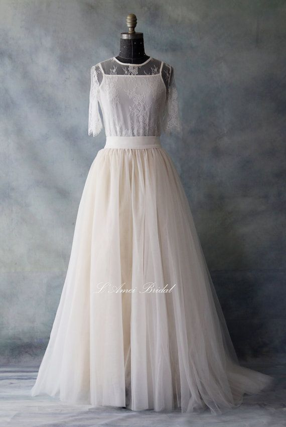 2019 New Arrival Spaghetti Straps Wedding Dresses Sheath