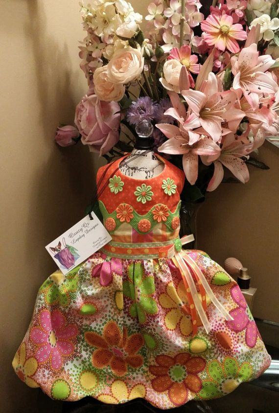 Pretty reversible citrus color on one side and pretty pinks on the other side. This dress is reversible so it like two dresses in one, just