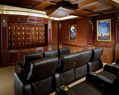 Beautiful Wood Paneling To Give It An Old Fashioned Theater Look